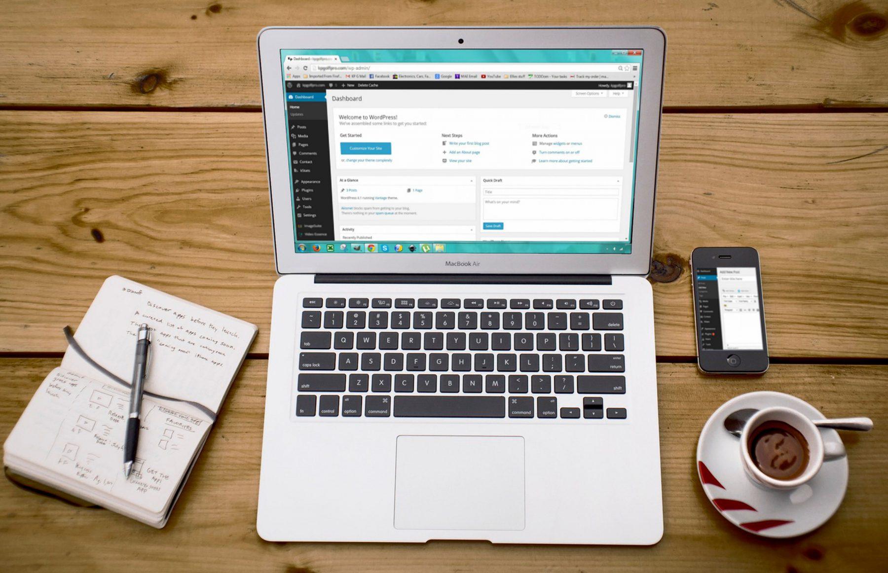 wordpress website design laptop
